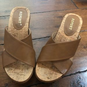 Report Wedges in Camel